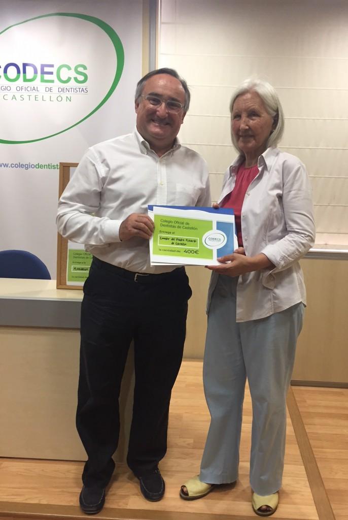 Victorino Aparici con María Ángeles García, de la Fundación del Padre Ricardo.