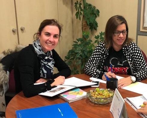 Inés Royo y Salomé García, de la Comisión de Comunicación y Acción Social del CODECS.