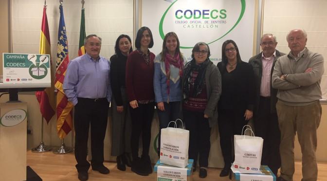 Representantes del CODECS junto a las entidades beneficiarias en esta nueva campaña solidaria.
